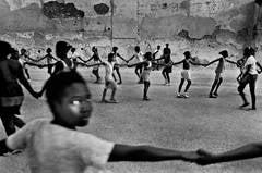 Girls holding hands, Havana