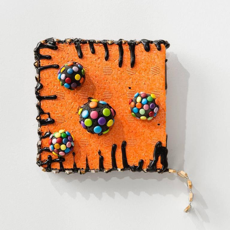 Suzan Shutan, Dripped, 2016, clay, fabric, wire, polystyrene, wood, glue - Sculpture by Suzan Shutan