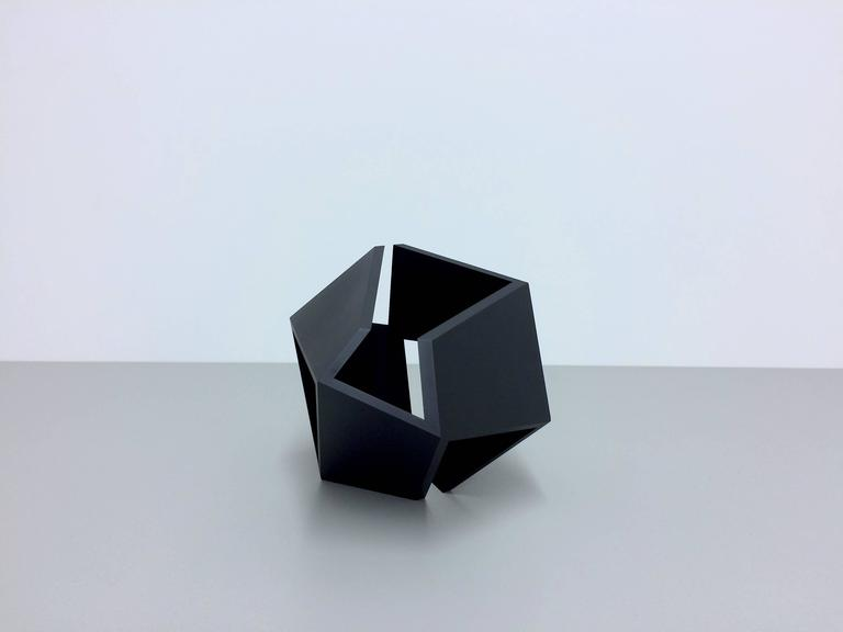 Untitled - Post-Minimalist Sculpture by Thomas Lendvai