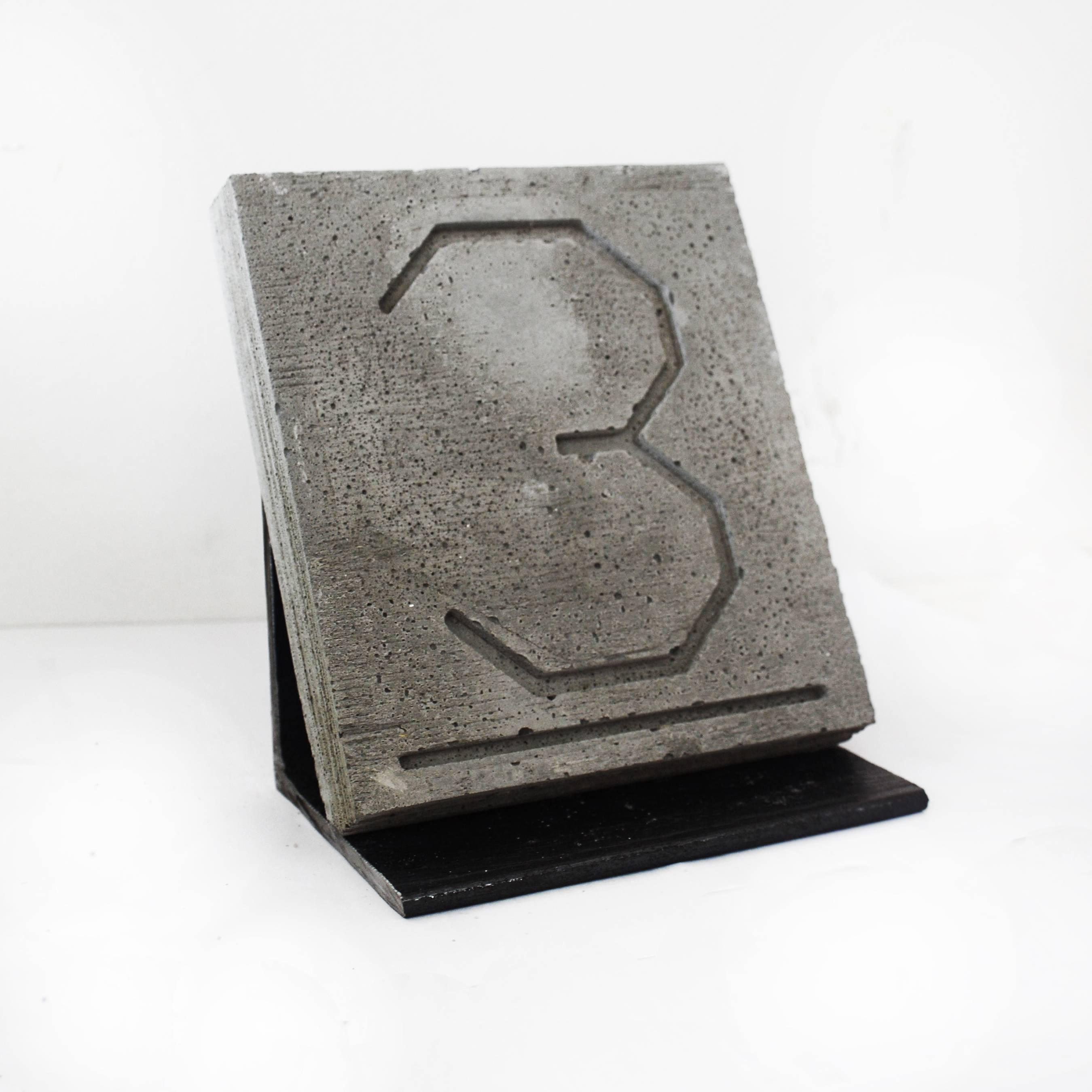 Klapper & Gallagher, The Golden Ratio f4, 2016, Steel, Concrete