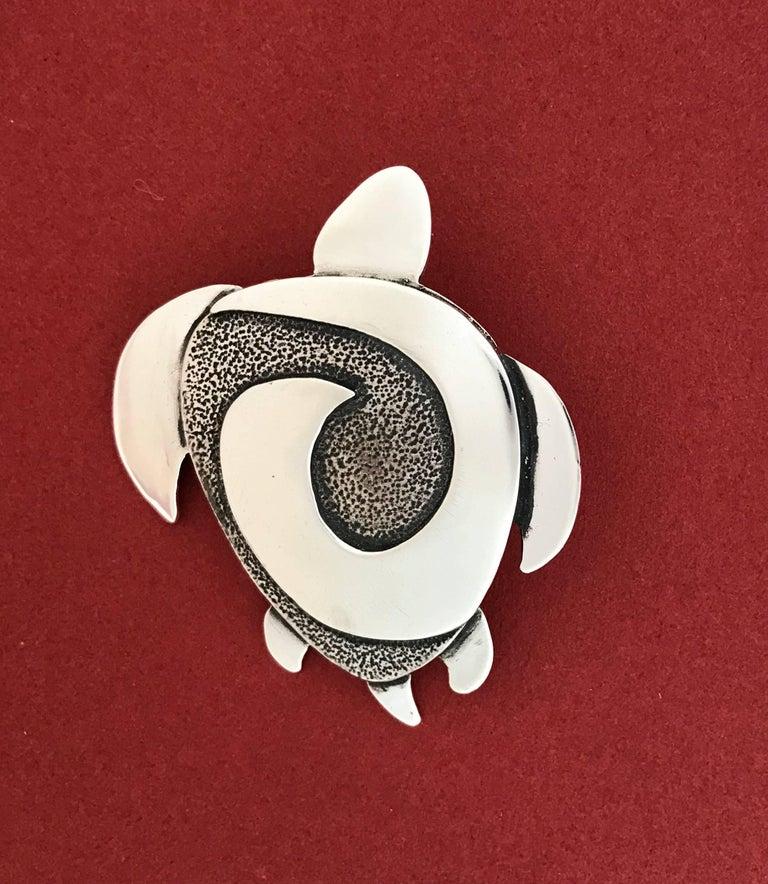 Swimmer, sterling silver pendant, turtle design, Navajo, contemporary