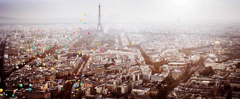 David Drebin - Balloons over Paris 1