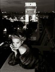Lisa Kaufman, Paris