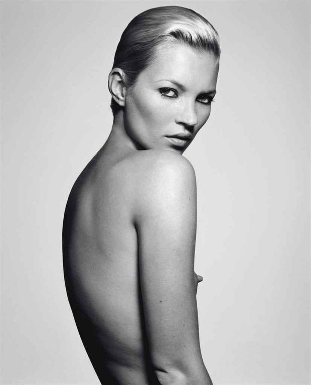 Kate's Little Nipple (Kate Moss)