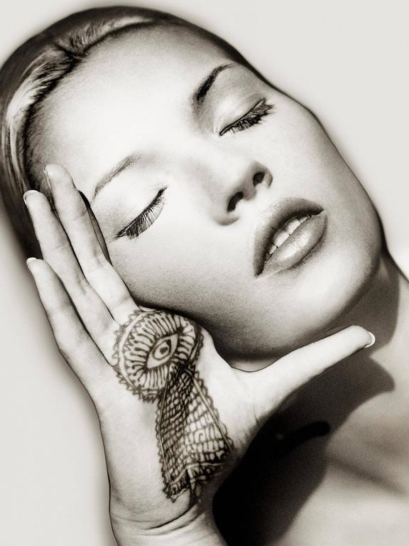 Albert Watson Black and White Photograph - Kate Moss, Sun and Henna, Marrakech, 1993