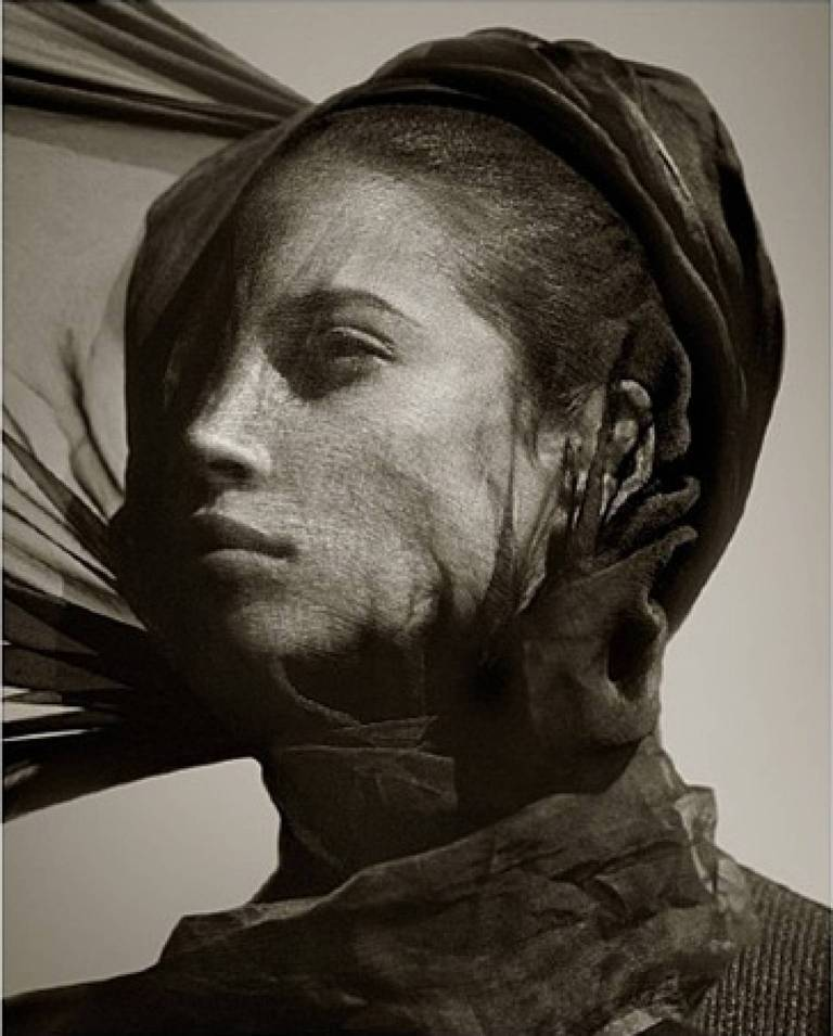 Albert Watson - Christy Turlington Veil 1