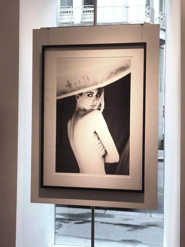 Parasol (Claudia Schiffer) - Photograph by Ellen von Unwerth
