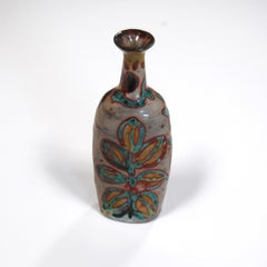 Gold Lustre Bottle with Underglaze Leaf Decoration