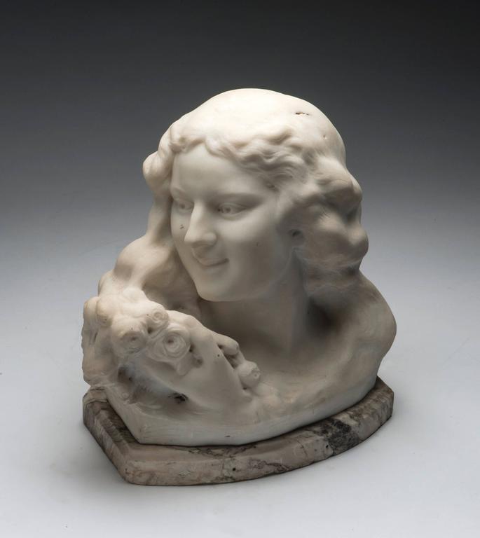 Frans Jochems Figurative Sculpture - Bust of a Girl