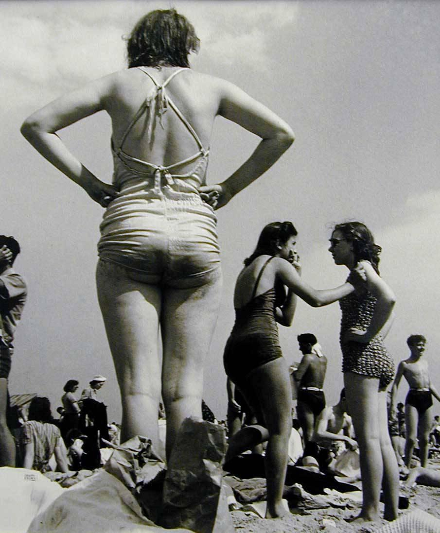 Women, Coney Island