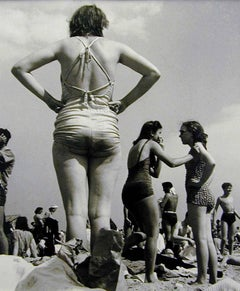 Women, Coney Island