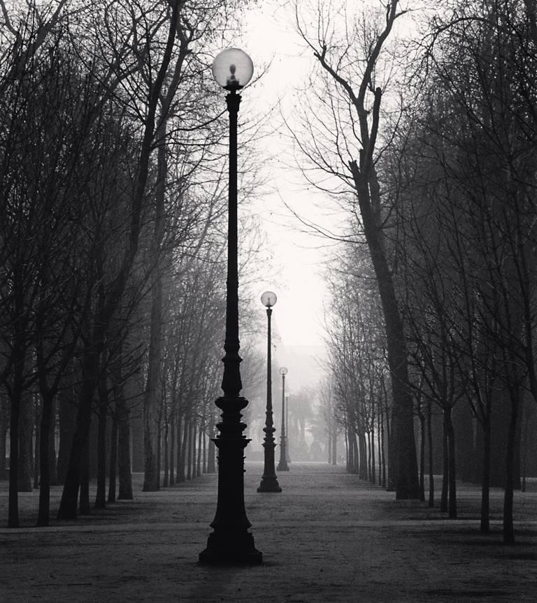 Michael Kenna - Tuileries Gardens, Study 4, Paris, France 1