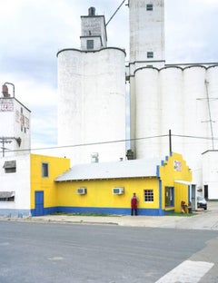 Peter Brown - North Texas: Grain elevators, Pastor Lopez, Michoacana restaurant, Perryton