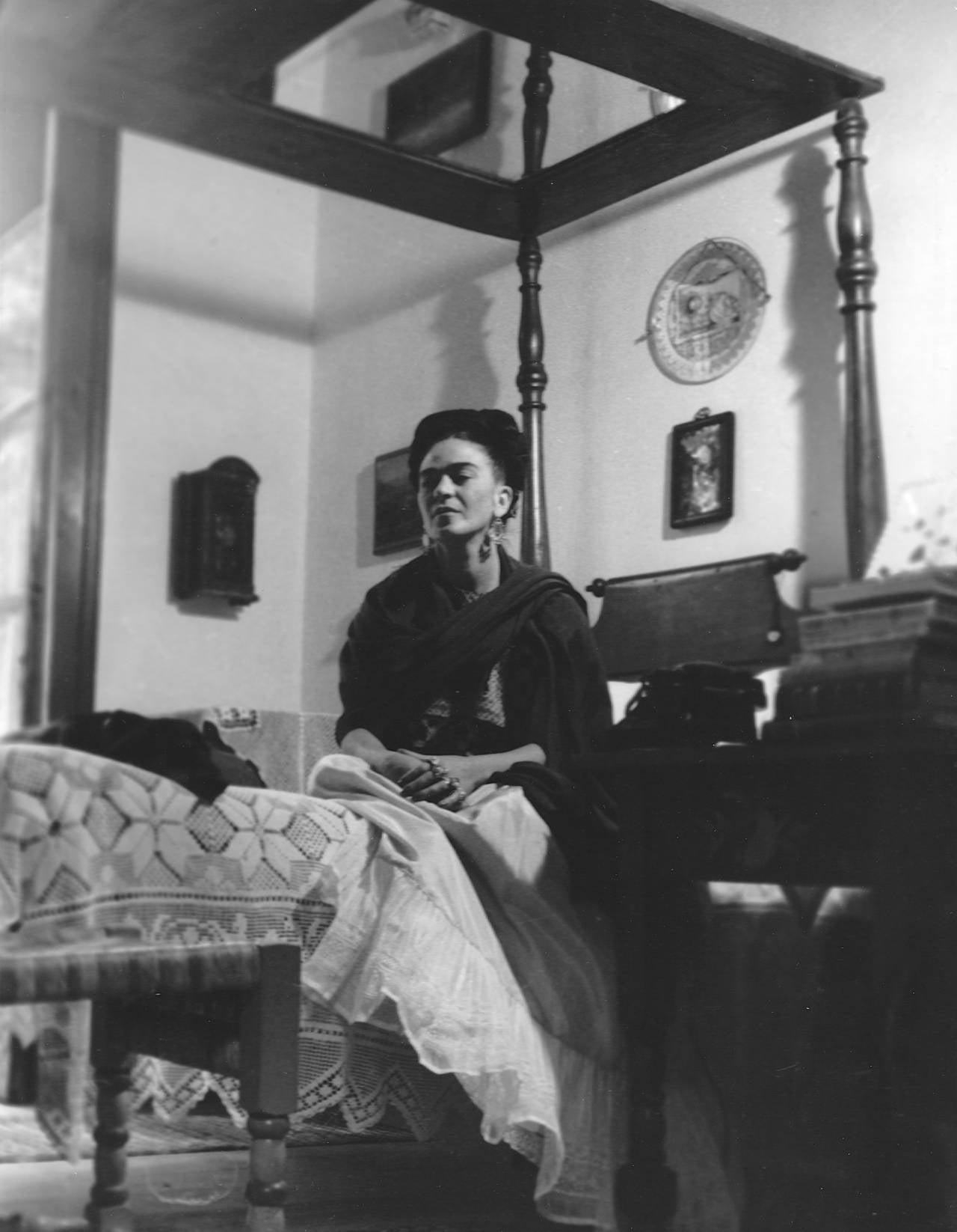 lola alvarez bravo   frida kahlo seated below mirror at