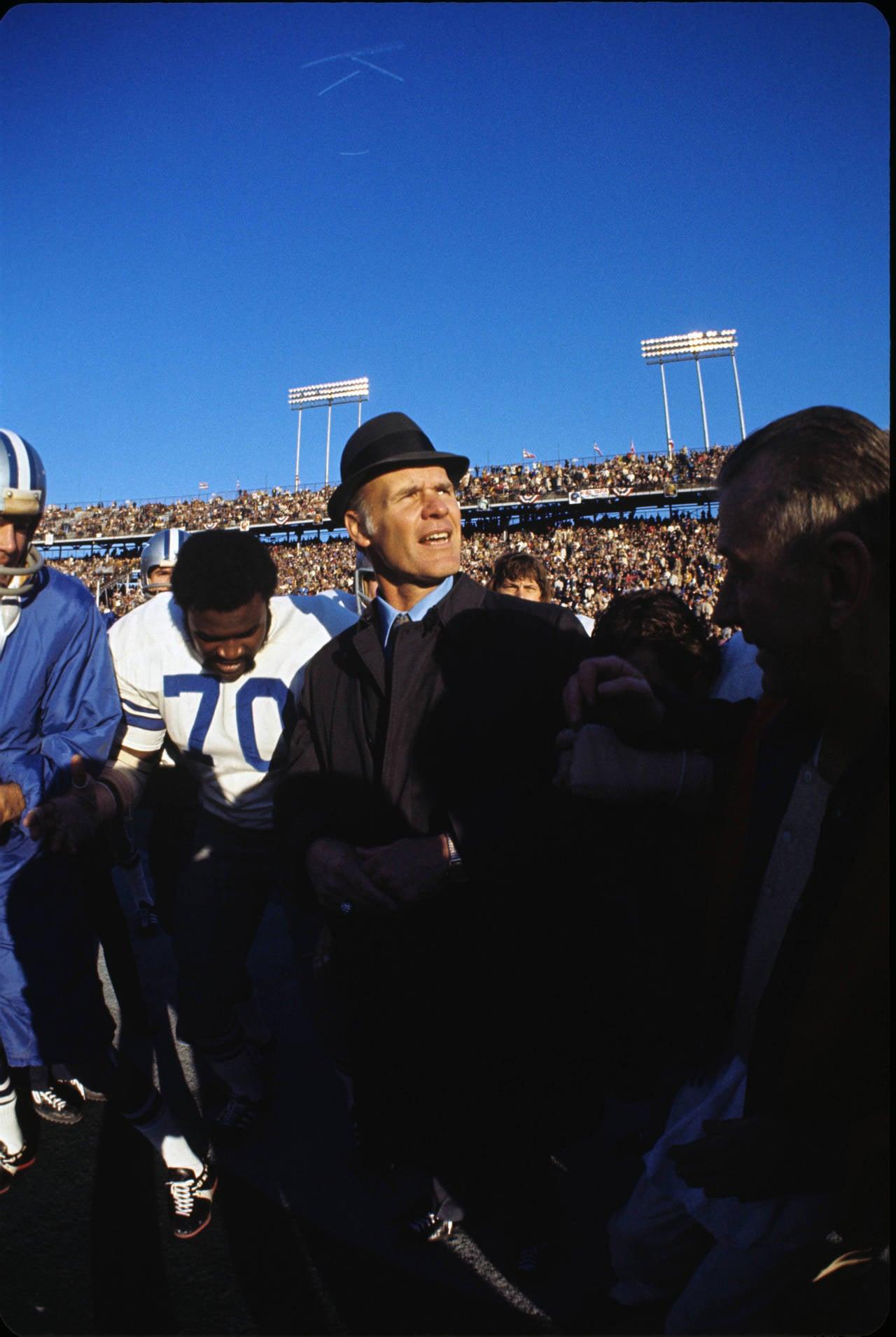 Tom Landry with Blue Sky, Super Bowl VI, Dallas Cowboys vs. Miami Dolphins