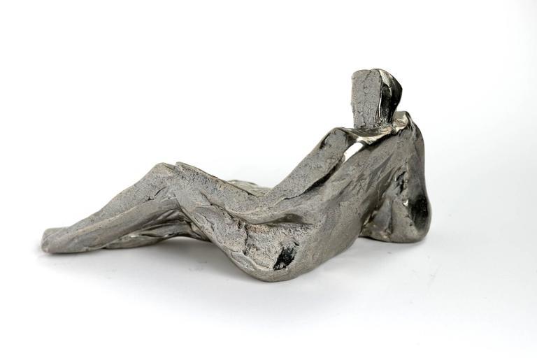 Reading, solid Bronze sculpture - Modern Sculpture by Noël Pasquier