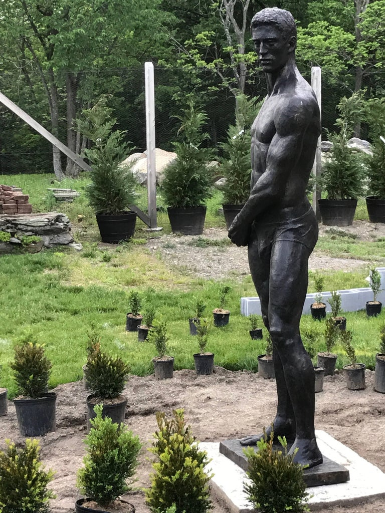 Statue of Athlete: Large Academic Style Bronze Figurative Sculpture of Nude Male For Sale 3