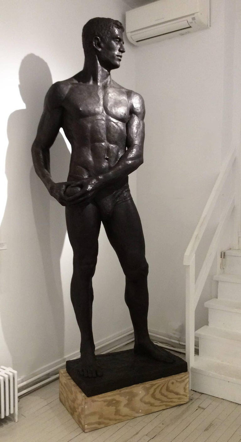 Statue of Athlete: Large Academic Style Bronze Figurative Sculpture of Nude Male For Sale 6