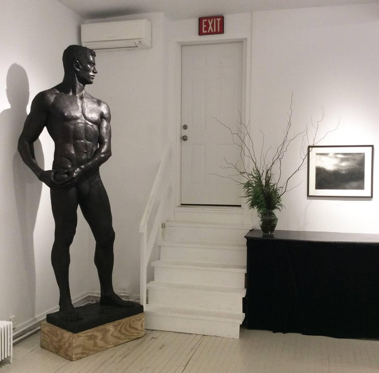 Statue of Athlete: Large Academic Style Bronze Figurative Sculpture of Nude Male For Sale 4