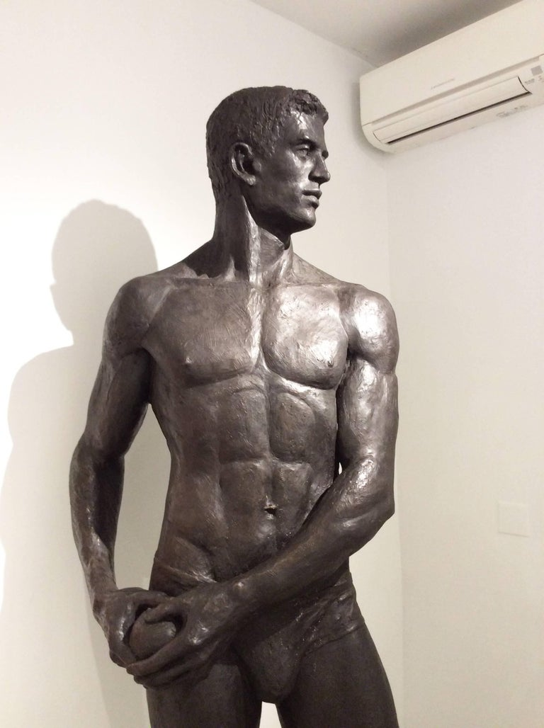 Statue of Athlete: Large Academic Style Bronze Figurative Sculpture of Nude Male For Sale 8