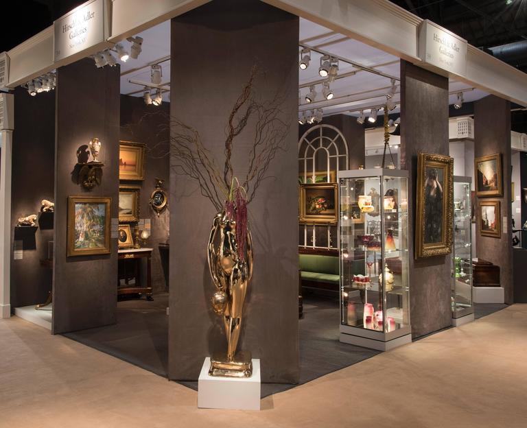 Vase (Flower Vase; Enigmatic) - Gold Figurative Sculpture by Hugo Robus