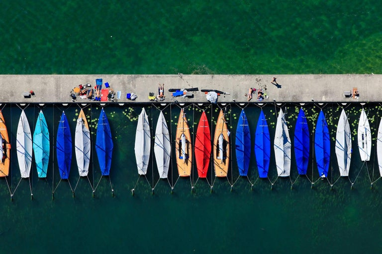 Klaus Leidorf Color Photograph - Boat line