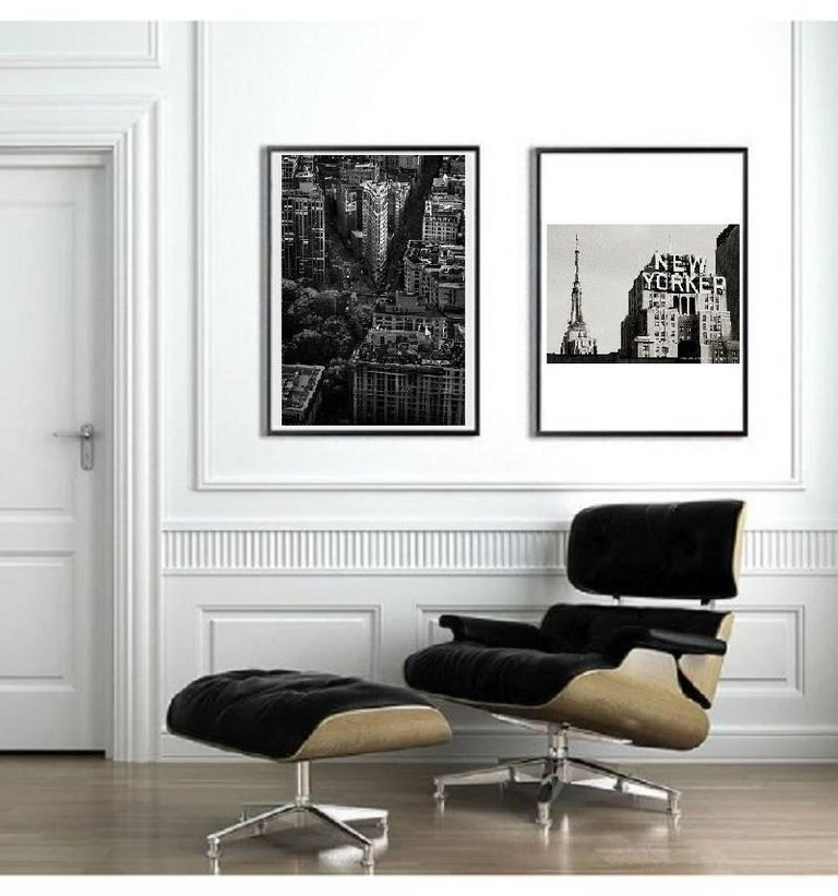 New York City black and white photo - New Yorker 30x45 in. Mounted acrylic glass - Photograph by Alejandro Cerutti