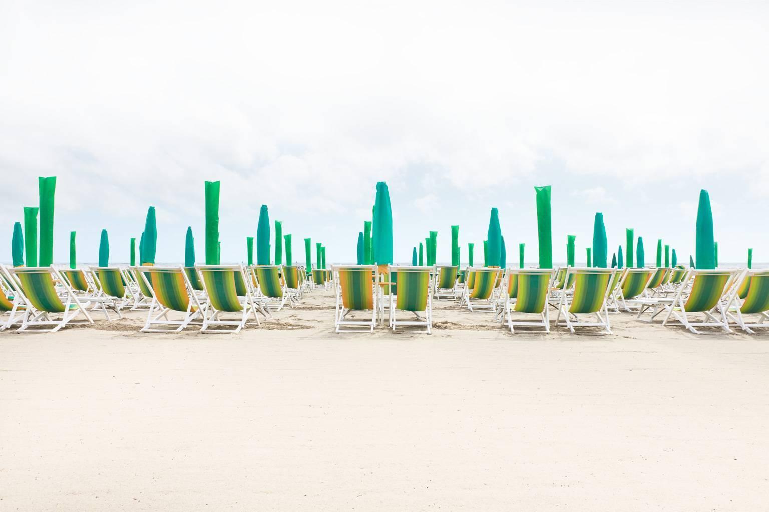 "Forte dei Marmi - iconic Italian beach resort on Mediterranean Sea (26.5"" x 40"")"