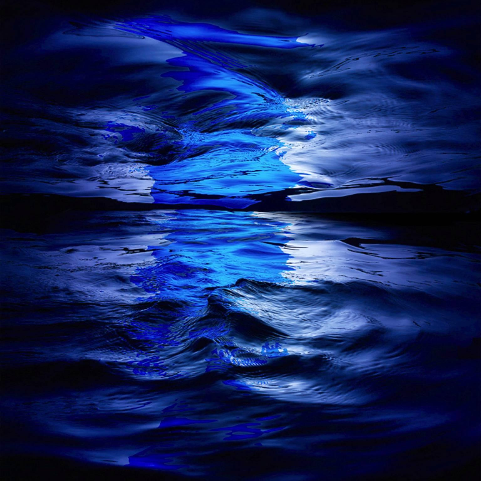 Wave I - large format abstract liquidscape in azur and lapis blue color palette