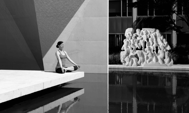 Danza ( Dance ) - hand carved figurative Carrara marble sculpture - Sculpture by Lorenzo Vignoli