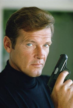 Roger Moore - Live and Let Die 1973