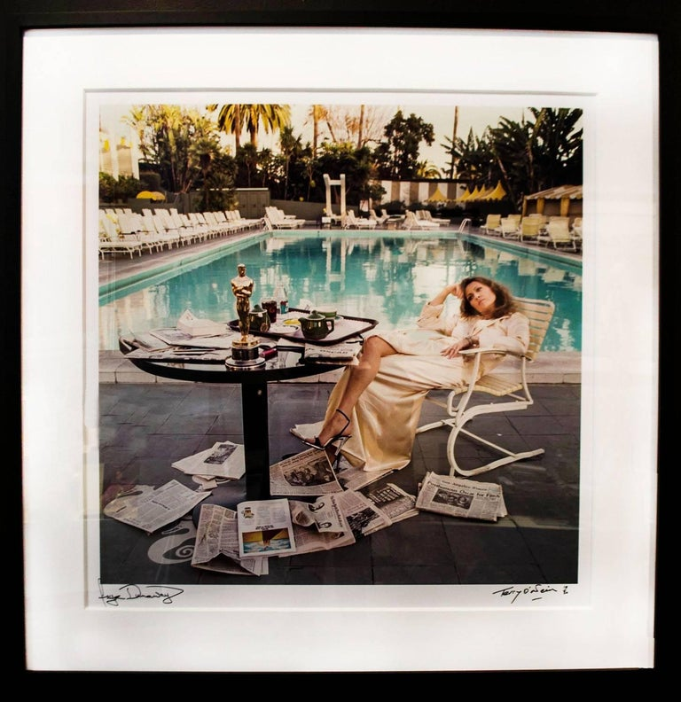 Terry O'Neill Color Photograph - Faye Dunaway, Los Angeles, 1977
