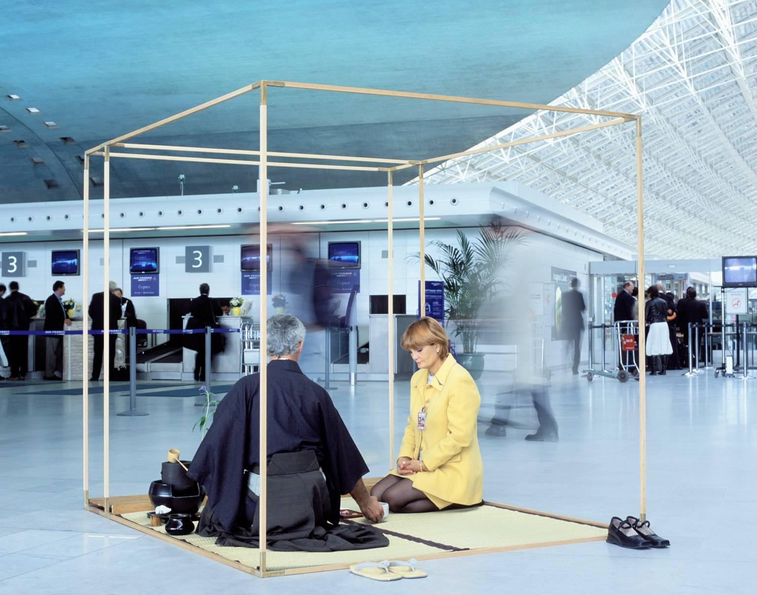 T016, Alice, CDG Airport, Paris, France, 2002
