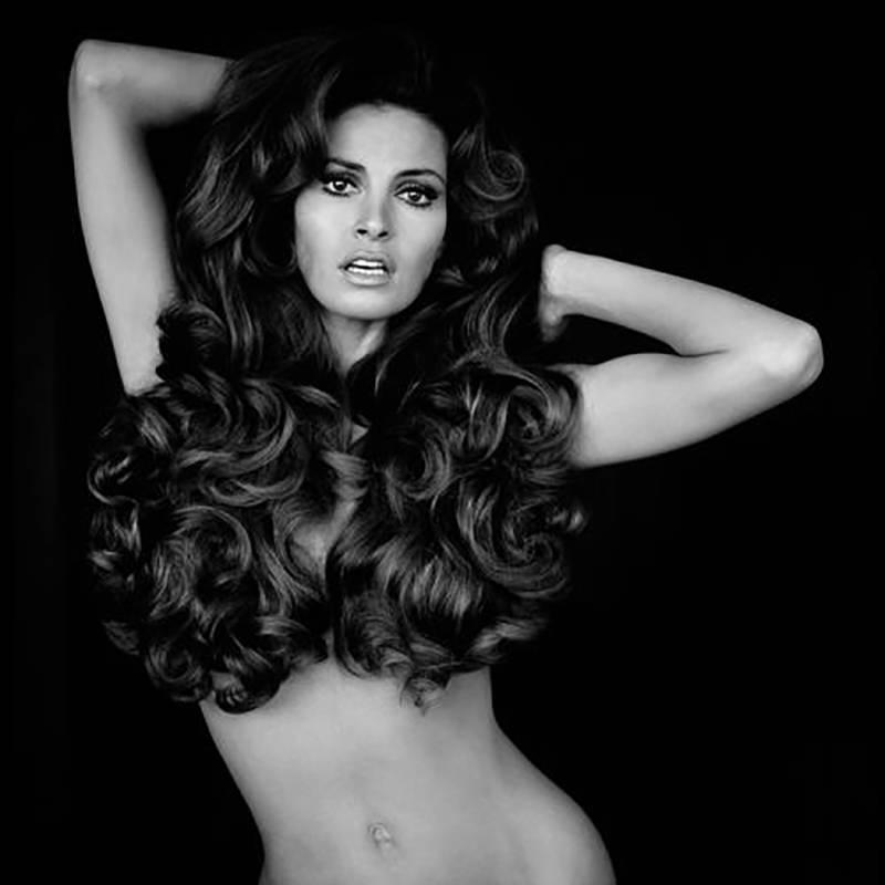 Raquel Welch: Hair Black And White