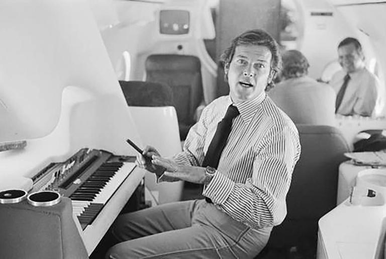 Roger Moore Electric Piano