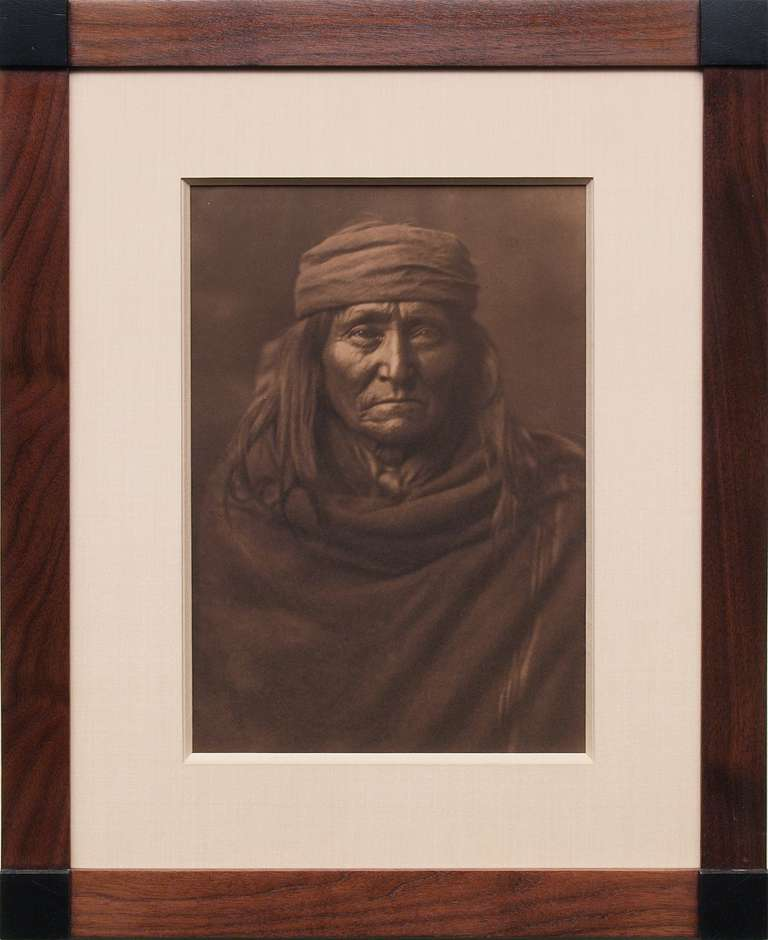 Edward Sheriff Curtis Black and White Photograph - Eskadi Apache