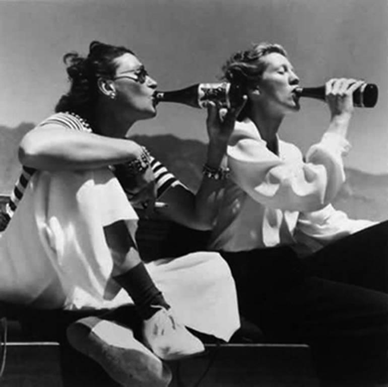 Two Models drinking El Coyote