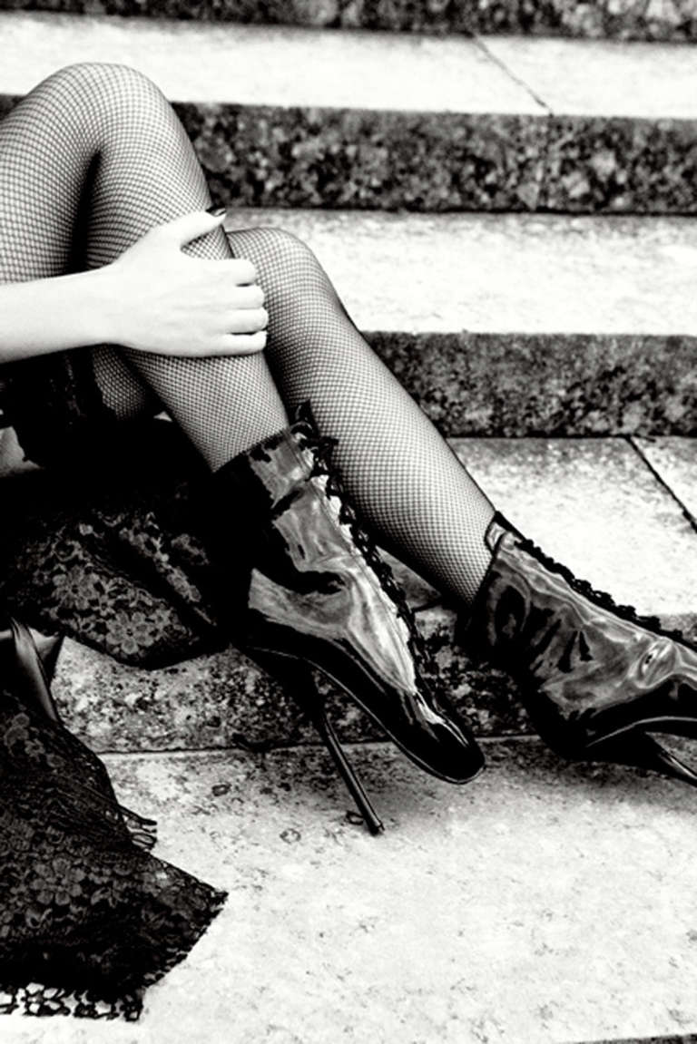 Ellen von Unwerth Black and White Photograph - L'Escalier