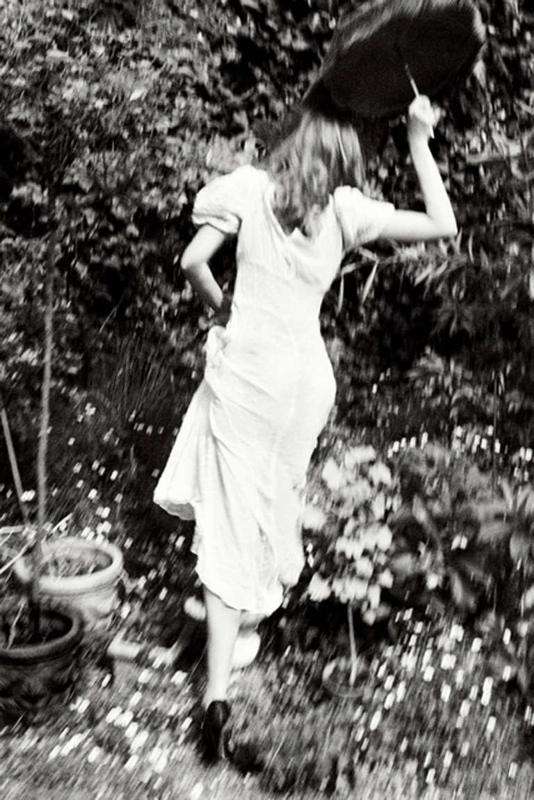 Ellen von Unwerth Black and White Photograph - Seek