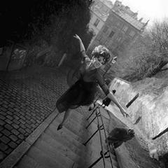Fly Low, Paris, 1965
