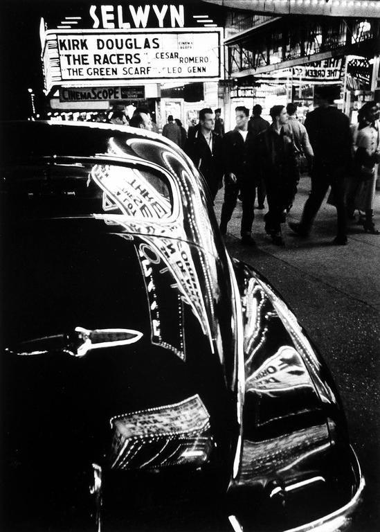 William klein selwyn 42nd street new york photograph for 42nd street salon