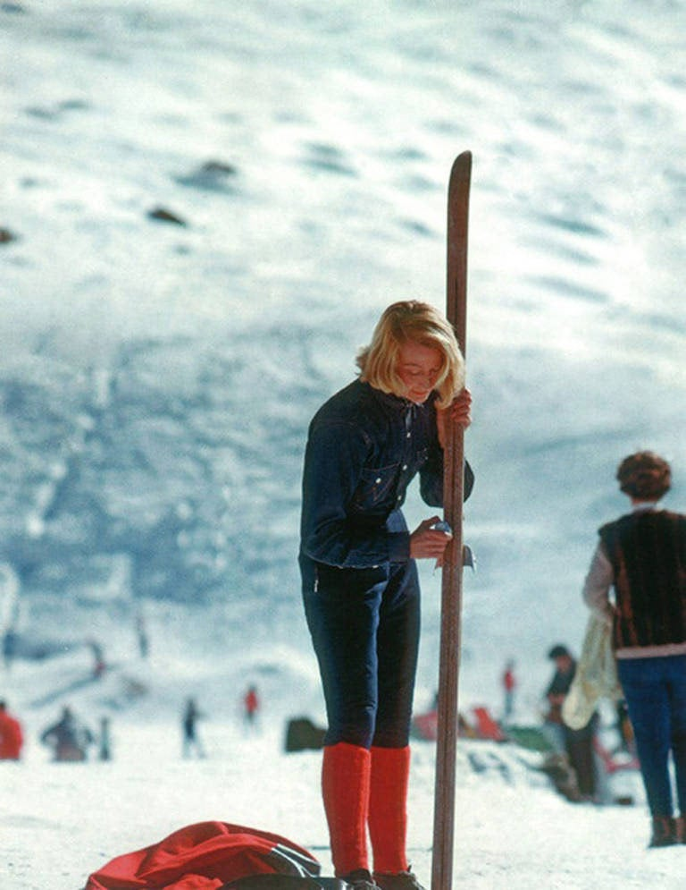 Slim Aarons Verbier Skier Aarons Estate Edition Photograph For Sale At 1stdibs