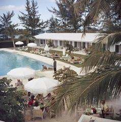 Poolside Service, Lyford Cay Club, Bahamas (Slim Aarons Estate Edition)