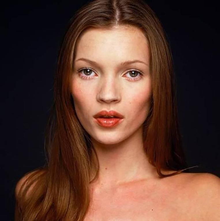 Terry O'Neill Color Photograph - Kate Moss
