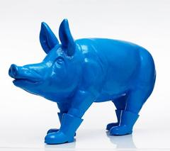 Cloned blue father pig