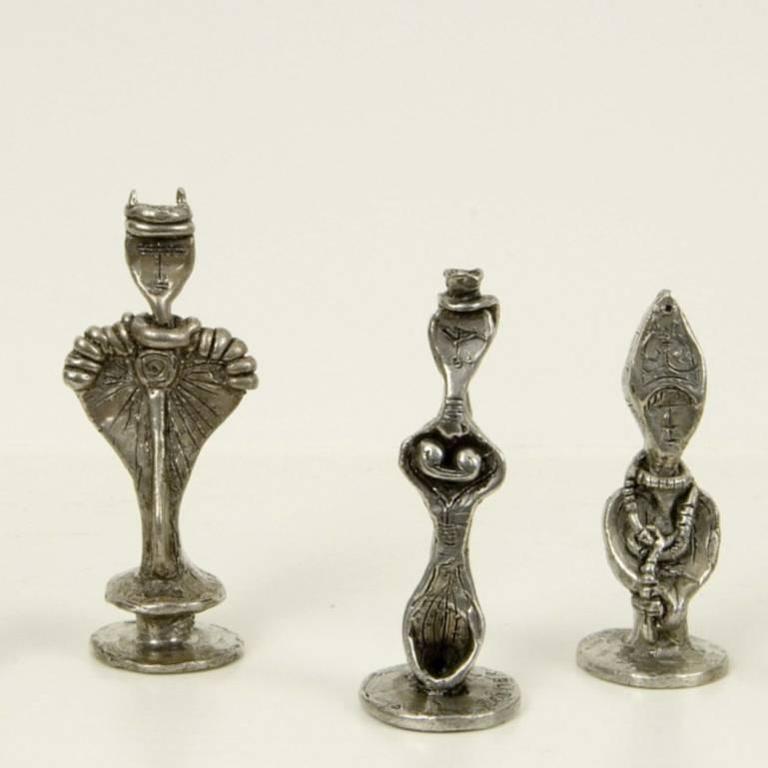 Dorothy Dehner Figurative Sculpture - Chess Set
