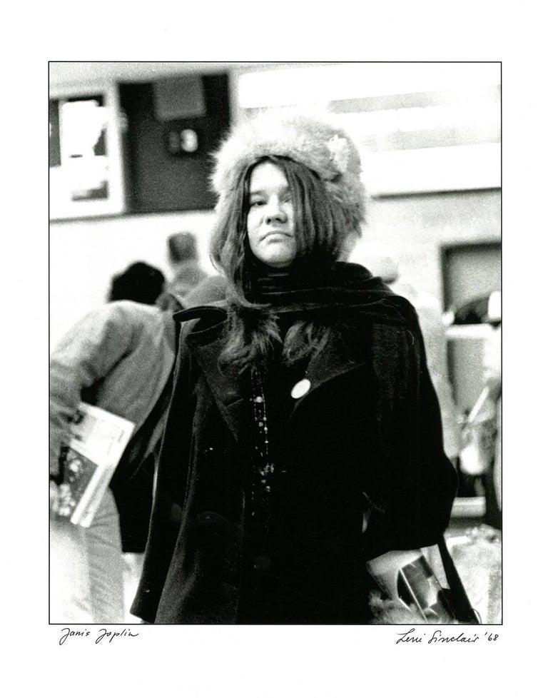 Janis Joplin photograph Detroit 1968 (60s rock photography Leni Sinclair) - Pop Art Photograph by Leni Sinclair