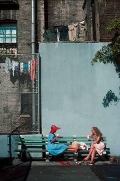 'Old Soho Conversations' New York 1981 photograph (Manhattan park benches)
