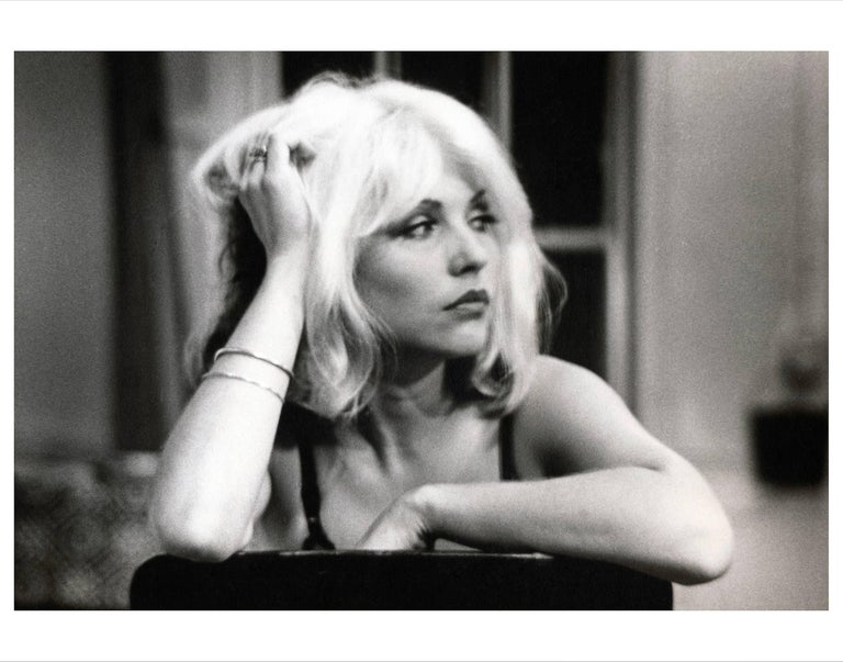 Fernando Natalici Black and White Photograph - Debbie Harry (on the set of Unmade Beds), New York, 1976