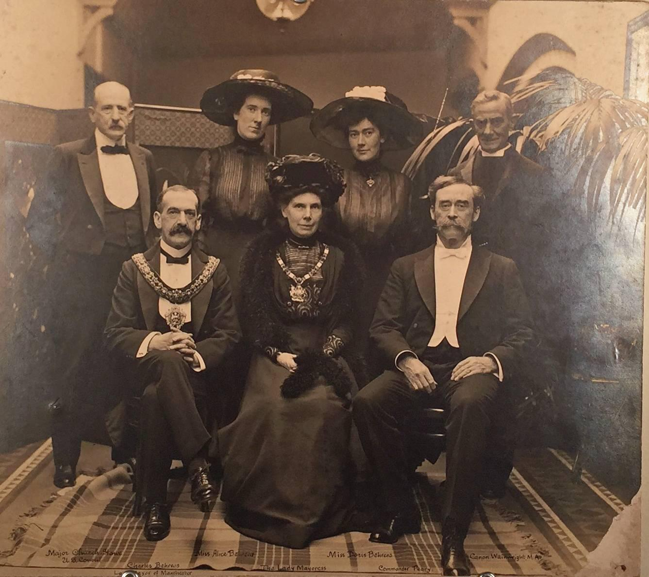 ROBERT PEARY, THE LORD MAYOR OF MANCHESTER, ENGLAND AND OTHERS.